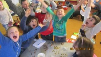 4th class fundraisers for the homeless christmas 2014 006
