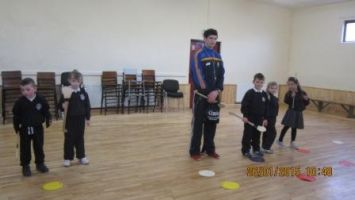 Hurling training in the hall 006